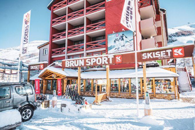 Brun Sports – extérieur