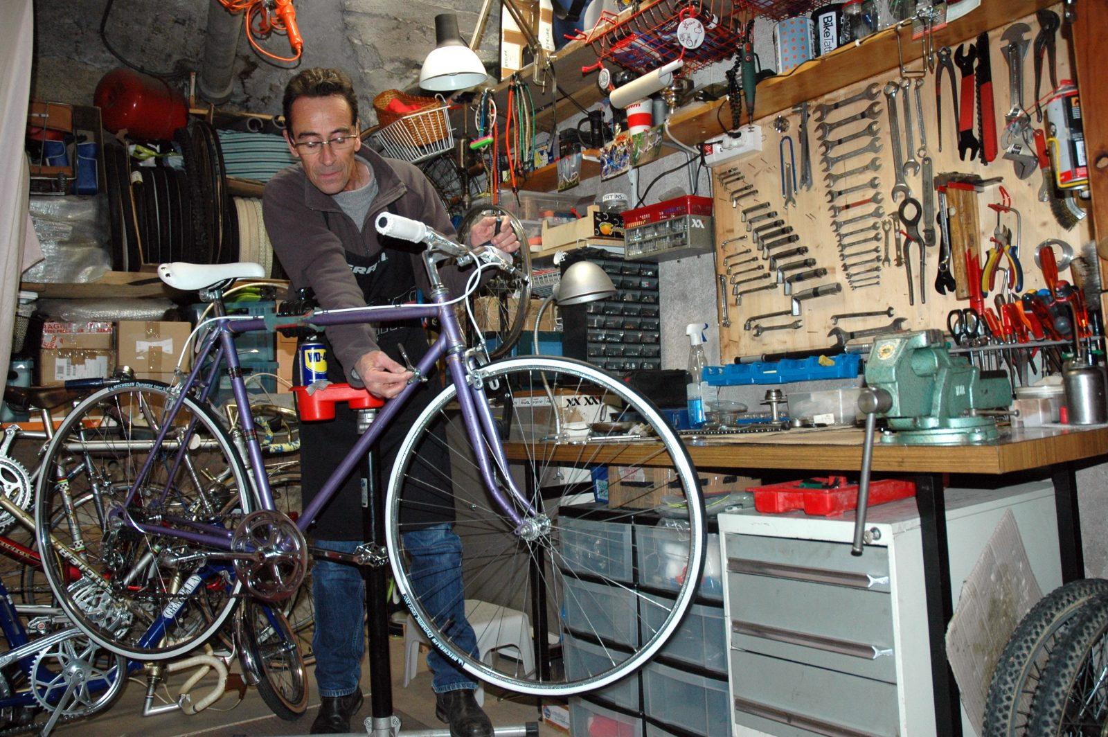 Démonstration : restauration de vélo ancien