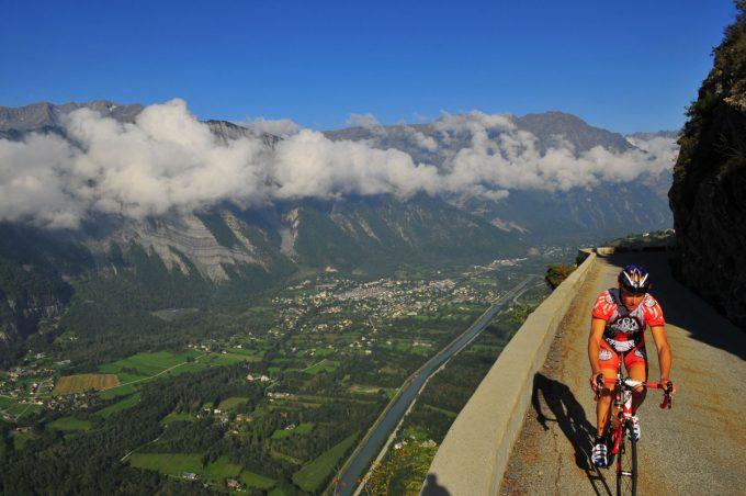 Alpe d'Huez, col de Sarenne et les balcons d'Auris