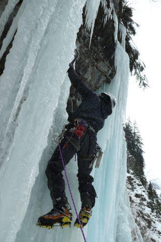 Cascade de glace au Clôt