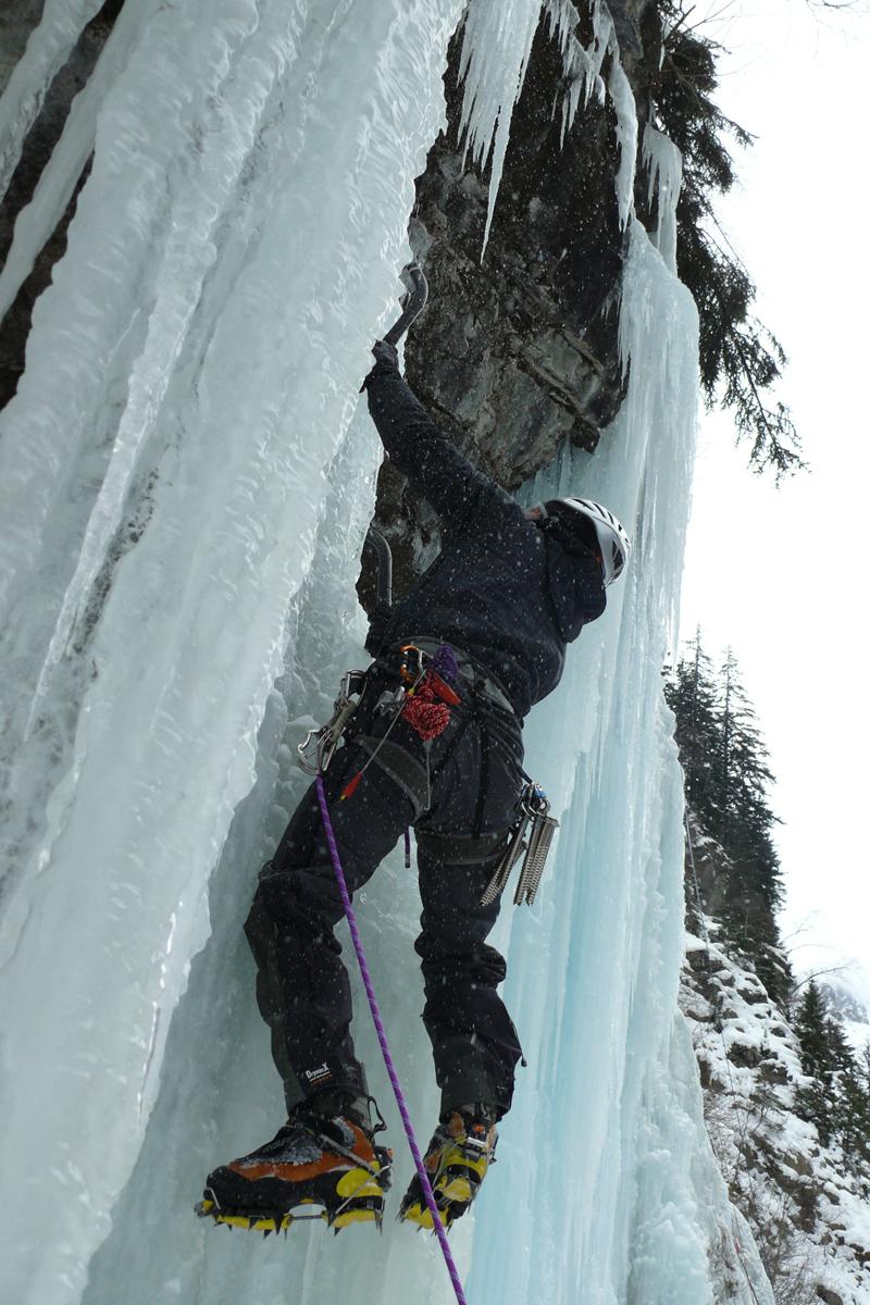Cascades de glace dans la Vallée du Vénéon (1)