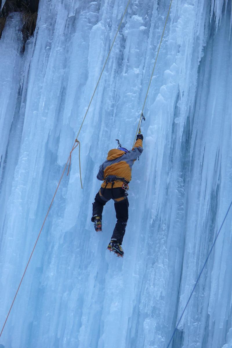 Cascades de glace dans la Vallée du Vénéon (4)