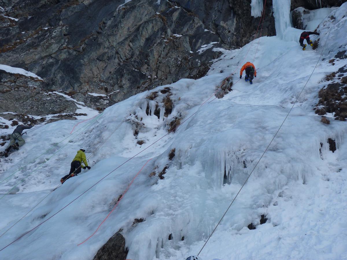 Cascades de glace dans la Vallée du Vénéon (5)