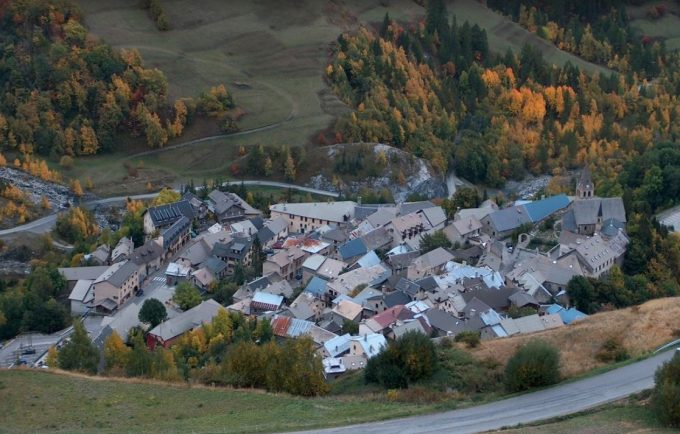 Le village attendant l'Hiver