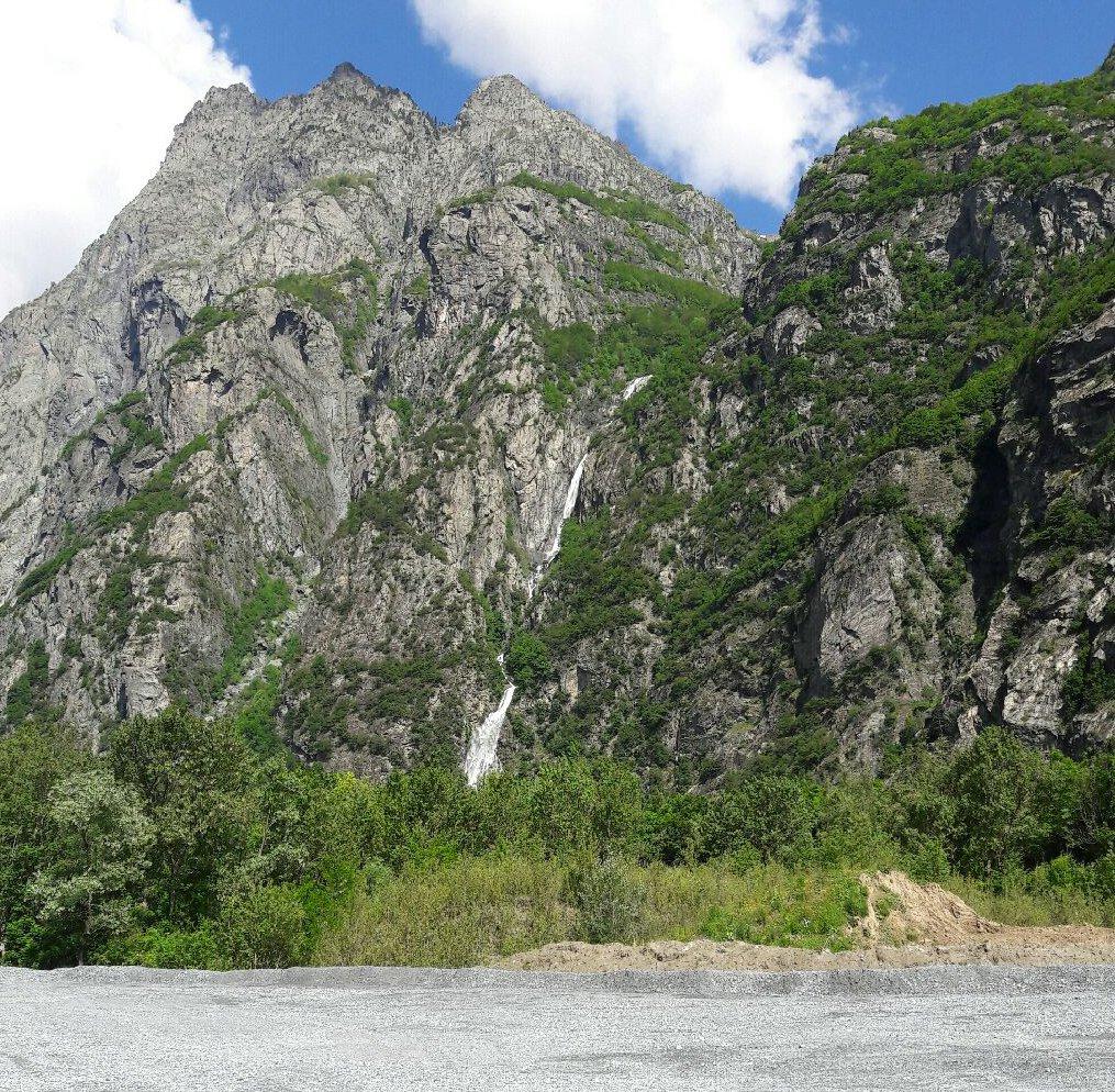 Ecole et site d'escalade – La Carrière d'Allemont (1)