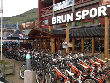 Brun Sports Ski Set – Vélostation (6)