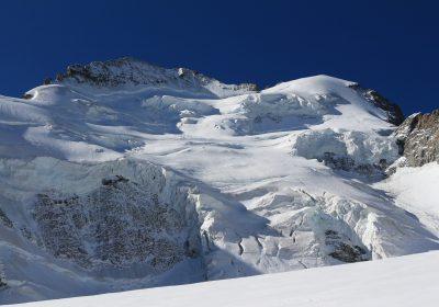 Course collective – Le Dôme de Neige des Ecrins (4015m)