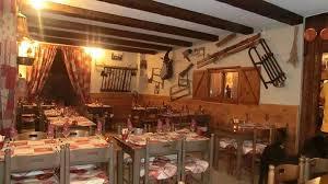 La Table de la Fare (2)