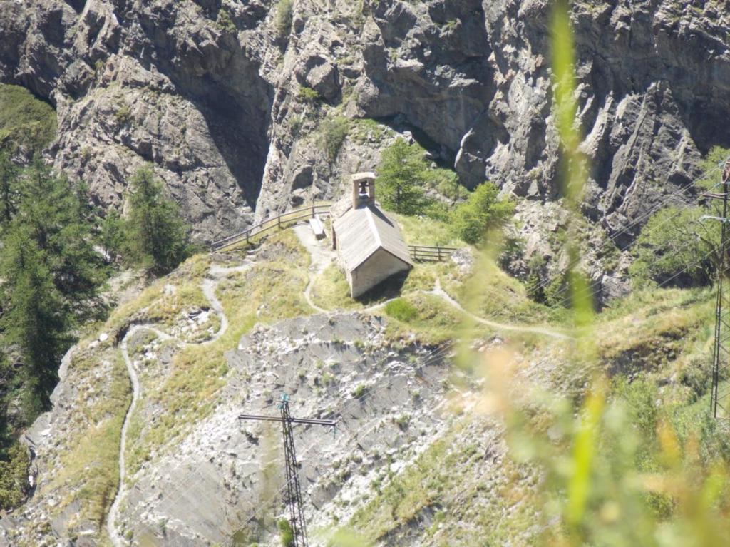 Chapelle Notre Dame de Bon Repos (4)