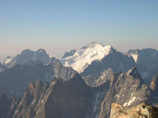 Randonnées glaciaires au coeur du Massif des Ecrins avec le Bureau des Guides
