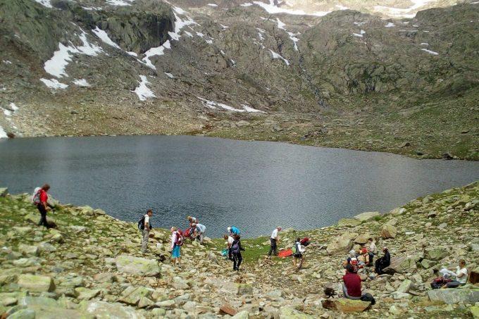 Randonnée en été aux lacs