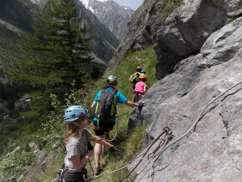 Le petit parcours des mines en via cordata, avec Odile monitrice d'escalade (5)