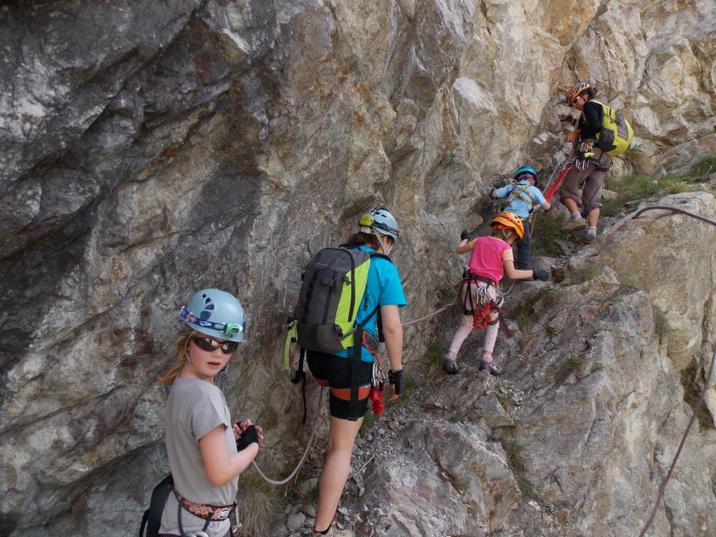 Le petit parcours des mines en via cordata, avec Odile monitrice d'escalade (3)