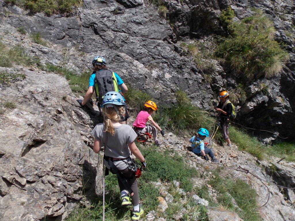 Le petit parcours des mines en via cordata, avec Odile monitrice d'escalade (4)