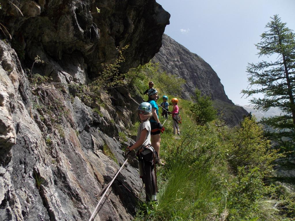 Le petit parcours des mines en via cordata, avec Odile monitrice d'escalade (2)