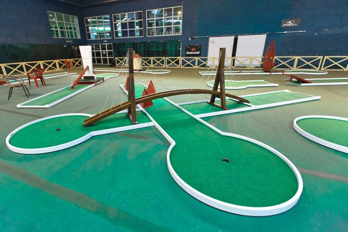 mini golf indoor
