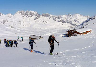 Ski de randonnée depuis le col de la Croix de Fer