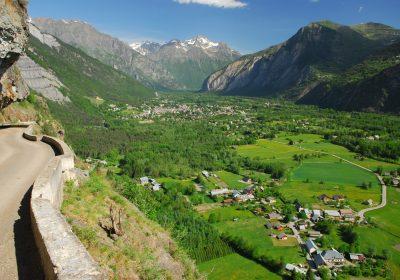 Chemin du Facteur : Bourg d'Oisans – Villard Reymond