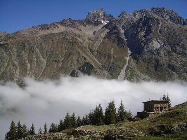 Refuge de l'Alpe du Pin