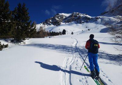 Raid à ski dans les Ecrins – Traversée et ascension du Dôme avec Azimut