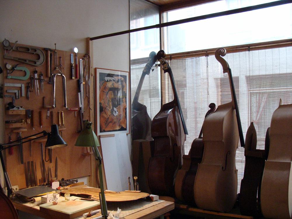 Atelier de Lutherie – Luthière (2)