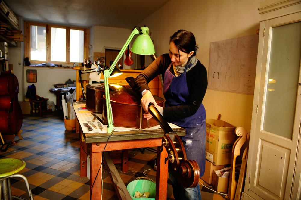 Atelier de Lutherie – Luthière (5)