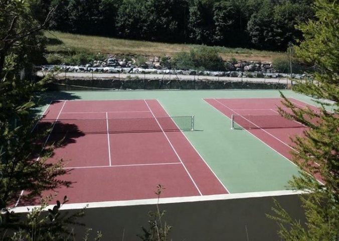 Terrain de tennis – La Grave