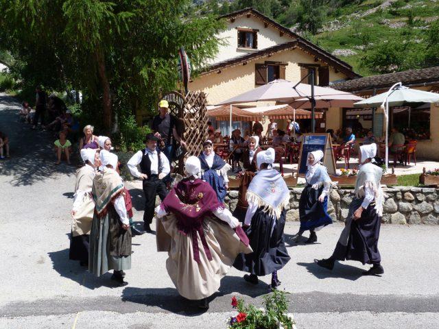 Groupe folklorique Les Carralines