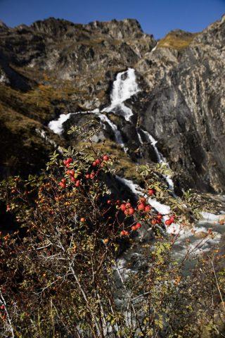 Cascade de pont Ferrand avec les couleurs d'automne