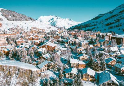 Sports village 1800 – Ski Set