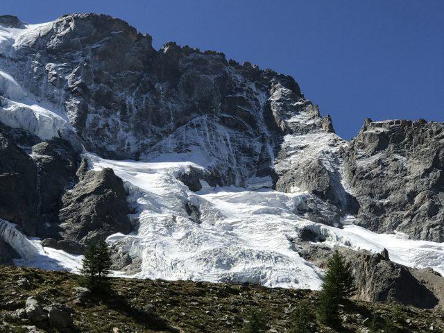 Moraine et glaciers