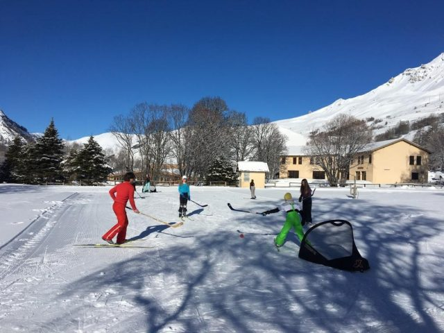 Ski hockey à Arsine