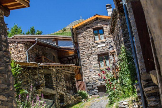 Maisons typiques de Besse-en-Oisans