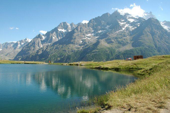 Massif de la Meije vue du lac du Pontet